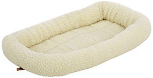 AmazonBasics Padded Pet Bolster Bed – 21 x 12 inches