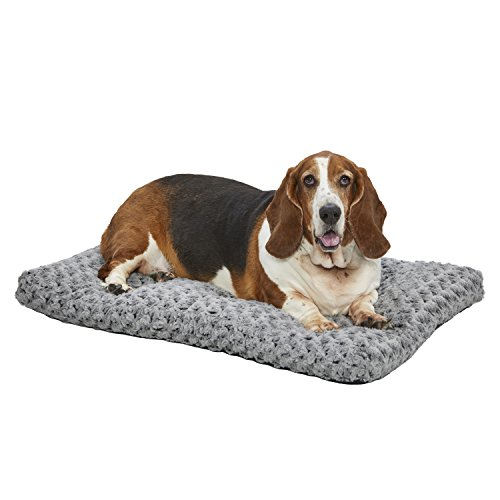MidWest Homes for Pets Plush Dog Bed | Ombré Swirl Dog Bed & Cat Bed | Gray 35L x 23W x 2H – Inches for Med./Large Dog Breeds